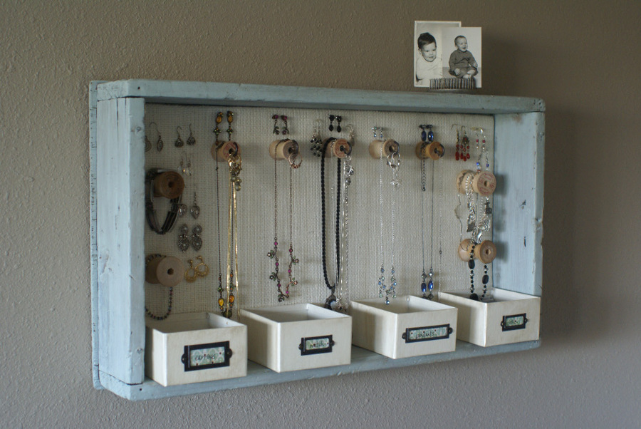 84987626 large jewelry storage05